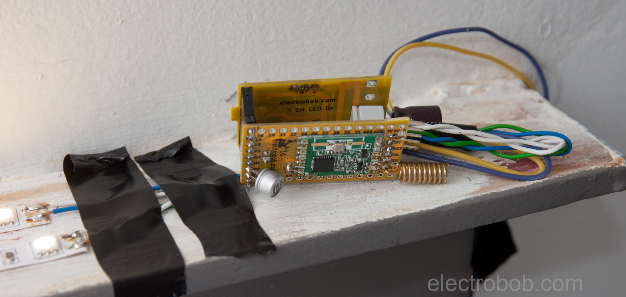 10002 Progress Electro Bob Simple Led Blinking Circuits Eeweb Community To Make Things More Interesting This Module Does Not Have A Motion Sensor Attached It Instead I Made Separate One The Ceiling